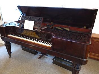 ブラームスのピアノIMG_6892web.jpg